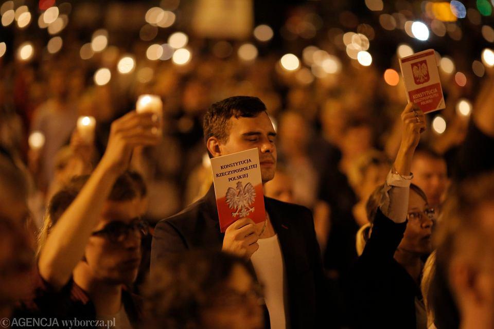 Protest przeciwko przejęciu Sądu Najwyższego przez PiS, Łódź