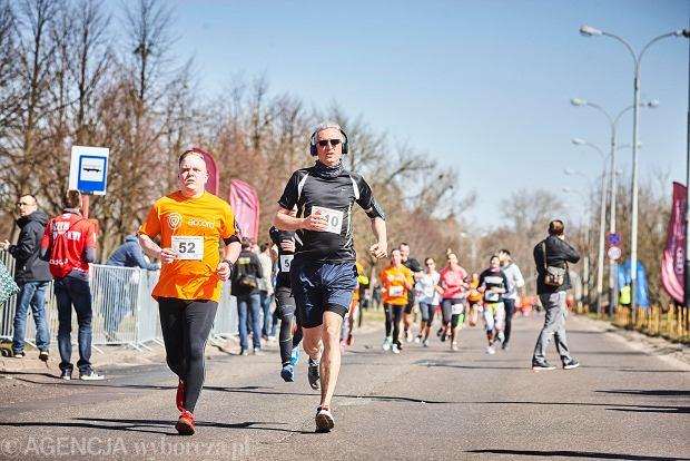 Zdjęcie numer 3 w galerii - Otwarcie sezonu biegowego w Łodzi.