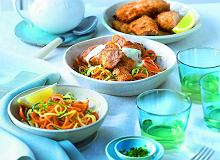 Łosoś usmażony wsosie beszamelowym zwarzywnym spaghetti - ugotuj