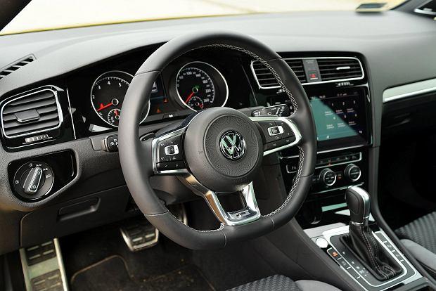 VW Golf Variant 1.5 TSI vs. Opel Astra Tourer 1.4 Turbo