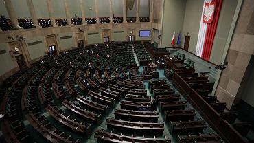 Sala plenarna przed posiedzeniem Sejmu IX kadencji