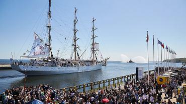 Rejs Niepodległości trwa. 'Dar Młodzieży' dopływa do Panamy