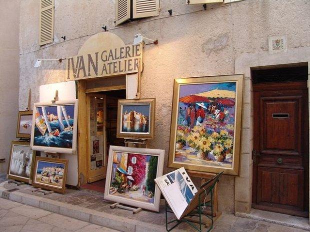 Saint Tropez, fot. Leon Petrosyan / Wikimedia Commons
