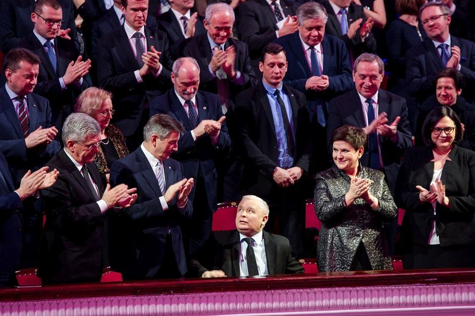 Jarosław Kaczyński został Człowiekiem Wolności Roku 2016 tygodnika 'wSieci'