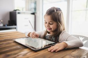 Tablet do rysowania dla dzieci. Znikopis w nowoczesnym wydaniu