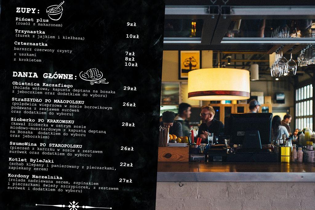 Zdjęcie ilustracyjne. 'Polski Nie-Rząd' to nowa nazwa restauracji 'Kamionki' w Sosnowcu z nietypowym menu.
