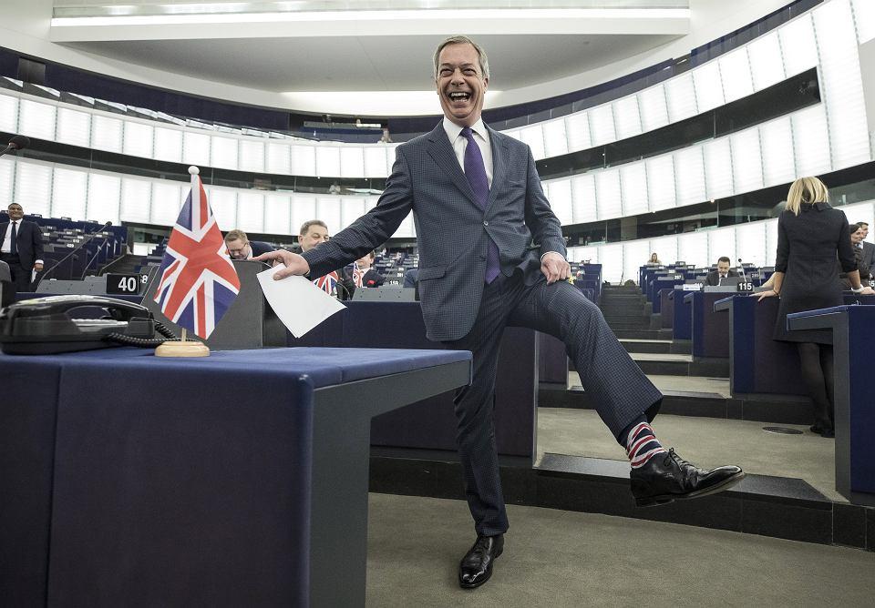 Nigel Farage, choć nie lubi Unii, to chce znów zostać europosłem, z ramienia nowej Brexit Party