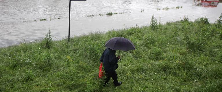 Alert hydrologiczny. Czy grozi nam powódź? Zagrożenie w sześciu województwach