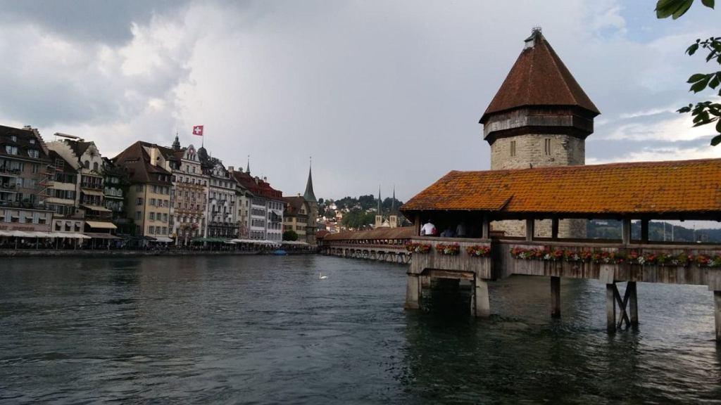 W Lucernie znajduje się Kapellbrücke - Most Klasztorny, najstarszy most drewniany w Europie - rok budowy 1333