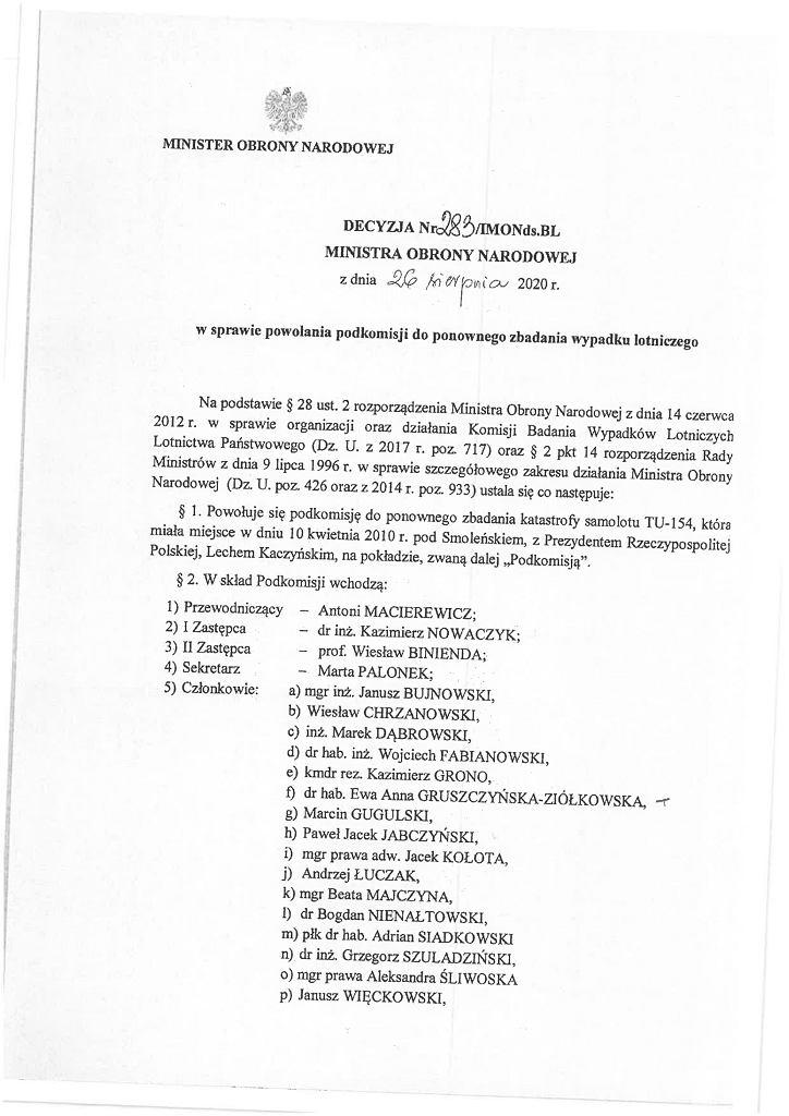 Decyzja szefa MON Mariusza Błaszczaka ws. składu Podkomisji Smoleńskiej, fot. Gazeta.pl