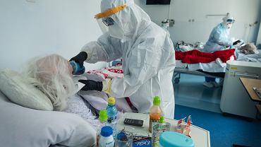 Szczyt epidemii koronawirusa już za nami? Ekspert wyjaśnia, dlaczego to możliwe