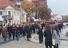"""Czarny protest. Tłumy na """"Milczącym marszu"""" w Białymstoku [ZDJĘCIA, WIDEO]"""