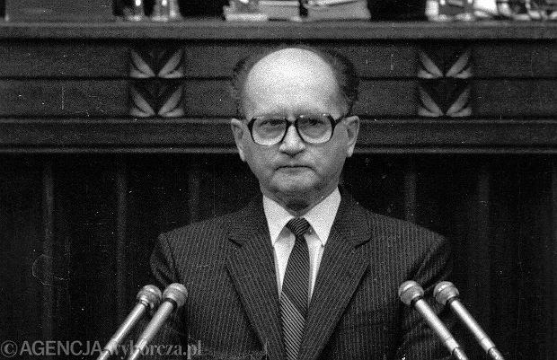 Za prezydenturą Jaruzelskiego opowiadał się nie tylko Gorbaczow, byli za nią również Bush, Kościół, Jan Paweł II, a także bracia Kaczyńscy. Na zdjęciu Wojciech Jaruzelski. 1990 r.