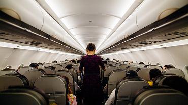 Koniec ze sprzedażą alkoholu na pokładzie samolotów