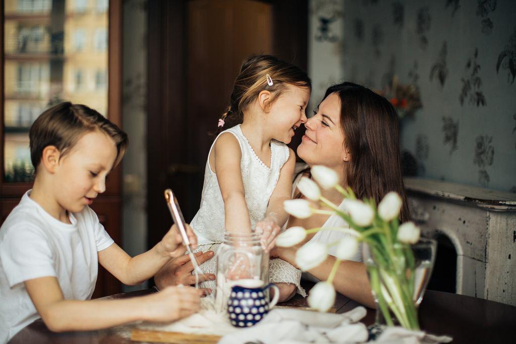 Wierszyki na dzień matki. Złóż życzenia swojej mamie