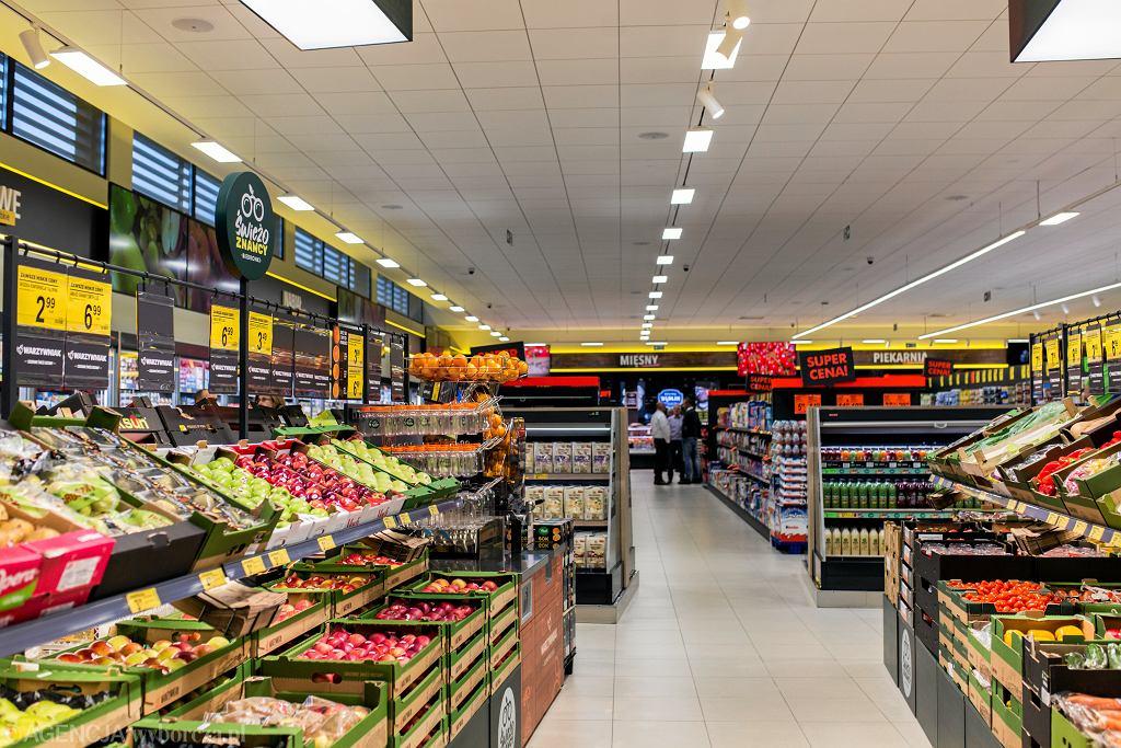 Niedziele handlowe 2021. Czy 30 maja zrobimy zakupy? Które sklepy będą otwarte?