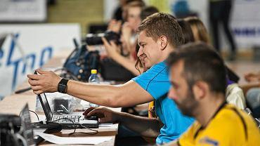 Robert Kaźmierczak podczas meczu Transferu Bydgoszcz w Łuczniczce