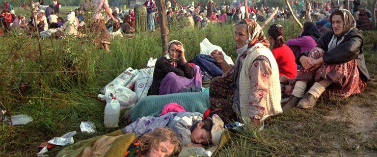 25 lat od masakry w Srebrenicy. Wokół miejscowości stały kałuże krwi