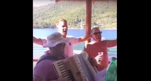 Szokujące nagranie z udziałem Manuela Neuera! Zaśpiewał piosenkę i nieświadomie wywołał skandal