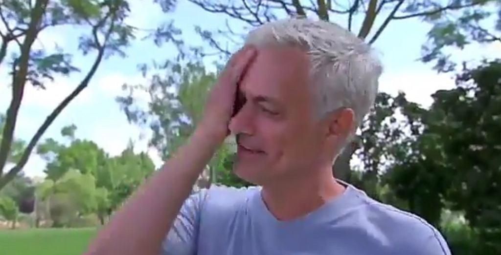 Jose Mourinho we łzach
