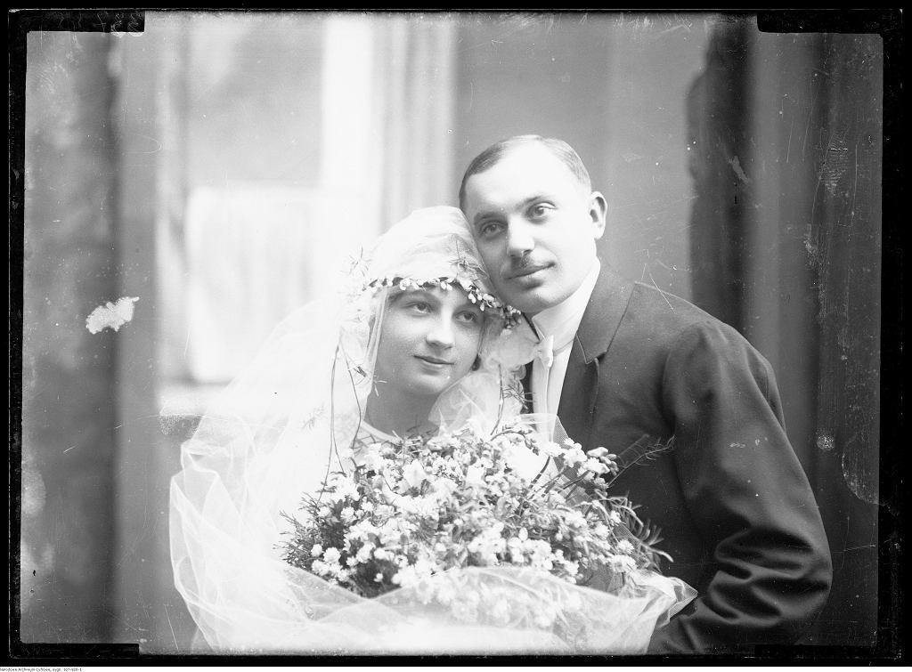 Portret ślubny Mańków, 1919-1927