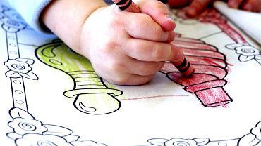 Kolorowanie to doskonały wstęp do nauki pisania.