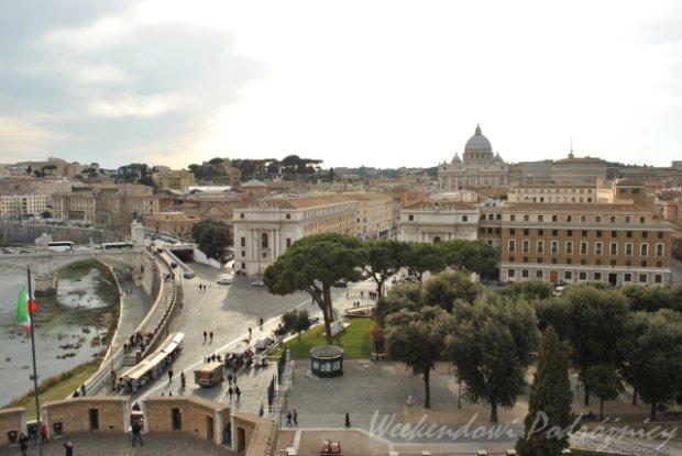 Widok na Bazylikę św. Piotra z Zamku św. Anioła