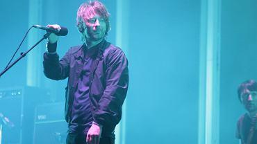 Thom Yorke z Radiohead na koncercie w Poznaniu w 2009 roku.