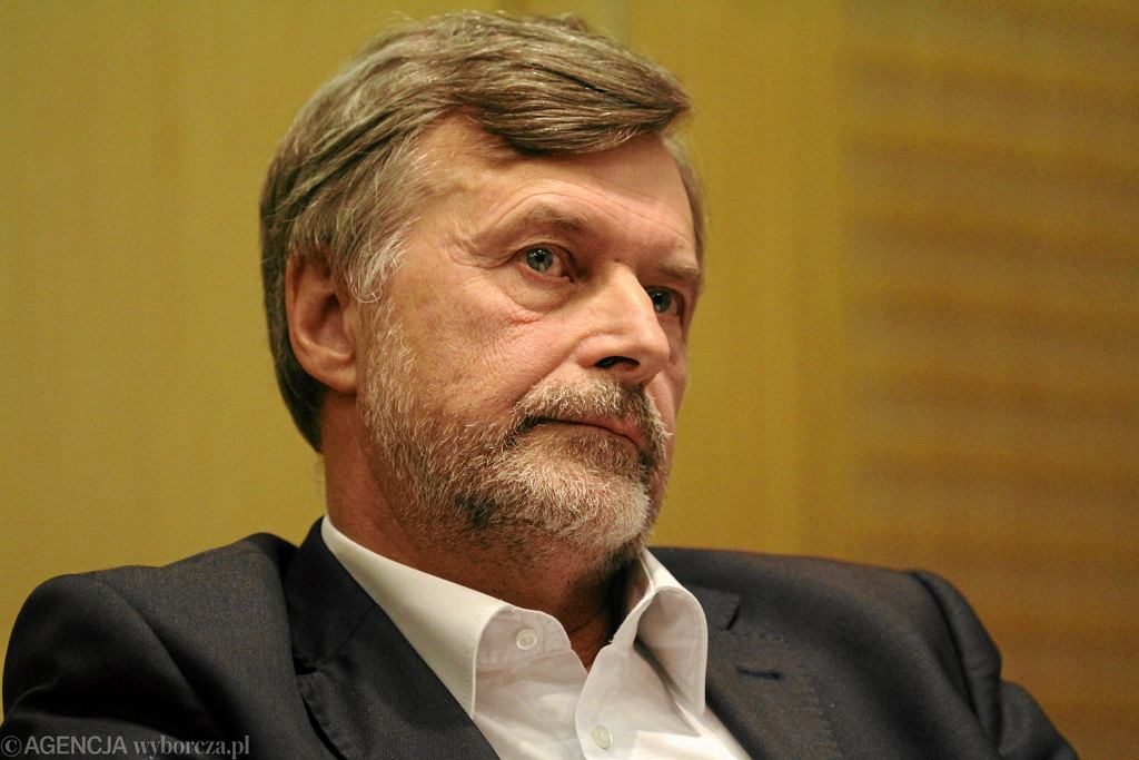 Dr Marek Balicki