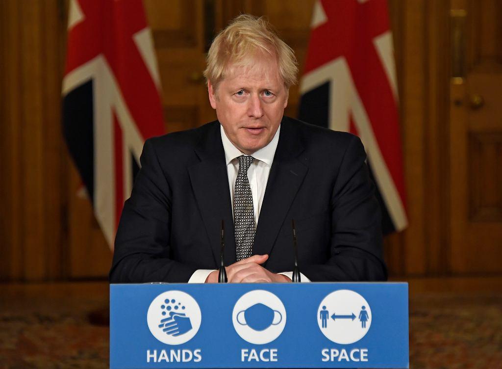 Johnson: Od czwartku w Anglii będzie obowiązywać lockdown