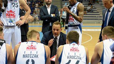 Niewiarygodne! Trener polskiej ligi koszykarzy stracił pracę po...10 dniach