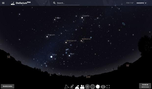 Niebo nad Warszawą o 23:50 w Wigilię 2019