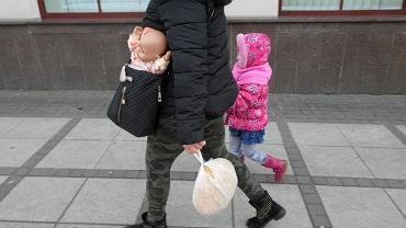 Kobieta z dzieckiem