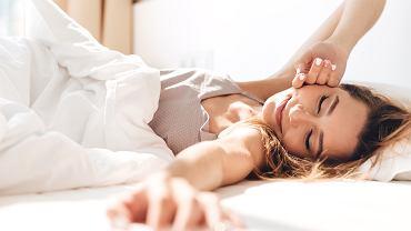 Codziennie po przebudzeniu ścielisz łóżko? To błąd, który może zagrażać zdrowiu (zdjęcie ilustracyjne)