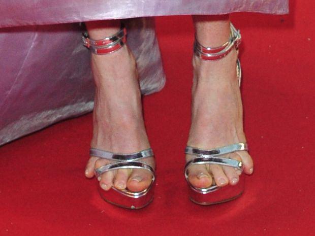 Julianne Moore, palce, stopy, palce u stop, wpadki gwiazd