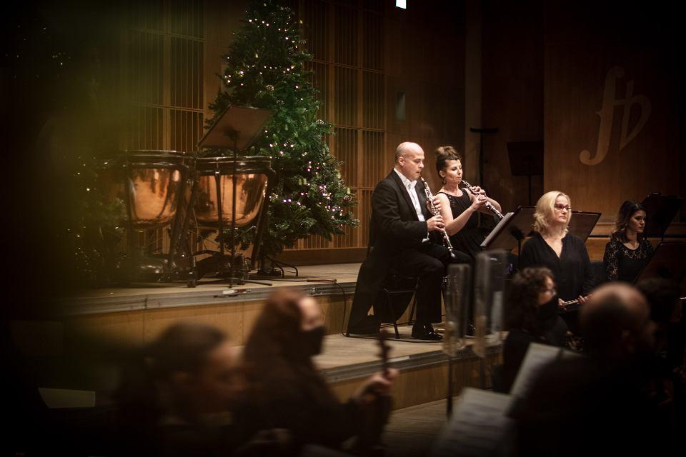 Zdjęcie numer 4 w galerii - Oratorium na Boże Narodzenie. Opera i Filharmonia Podlaska zaprasza online