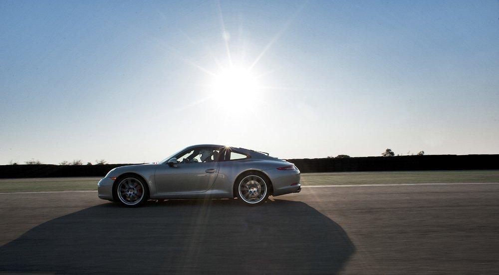Porsche 911 na torze Nardo