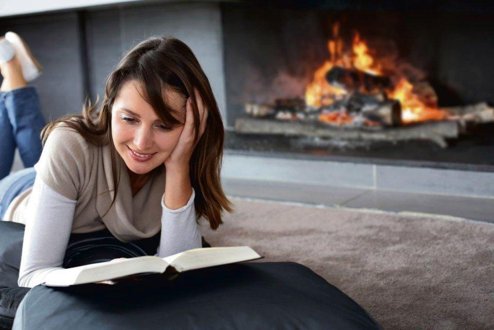 Badacze dowodzą, że czytanie obniża poziom stresu skuteczniej niż słuchanie muzyki czy spacer