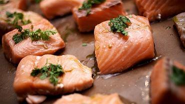 Mięso łososia jest bogate w kwas eikozapentaenowy