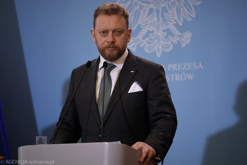 Łukasz Szumowski, minister zdrowia, przypominał, aby ograniczyć kontakty dziadków z wnukami.