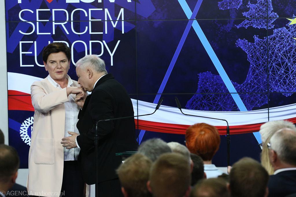 Beata Szydło i Jarosław Kaczyński. Wybory do Parlamentu Europejskiego w Warszawie