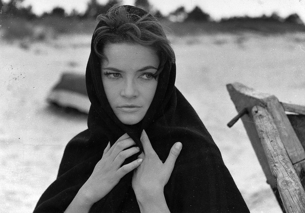 Teresa Iżewska, kadr z filmu 'Nafta'