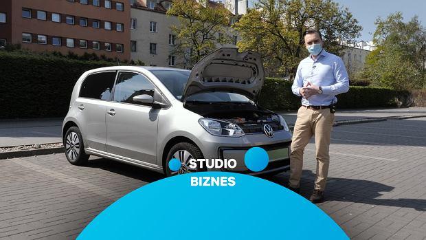 Do Studia Biznes przyjechał mały elektryk. Sprawdzamy, jak sprawuje się nowy VW e-up!