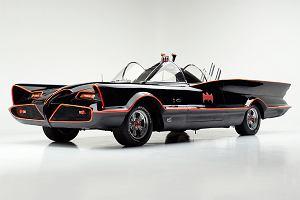 Wszystko co chcesz wiedzieć o batmobilu. Film zdradza tajniki rydwanów rycerza z Gotham