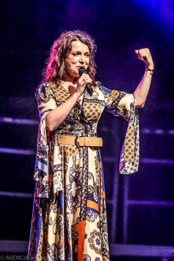 Święto Kielc 21.06.2019, Katarzyna Pakosińska podczas kabaretowej nocy na rynku