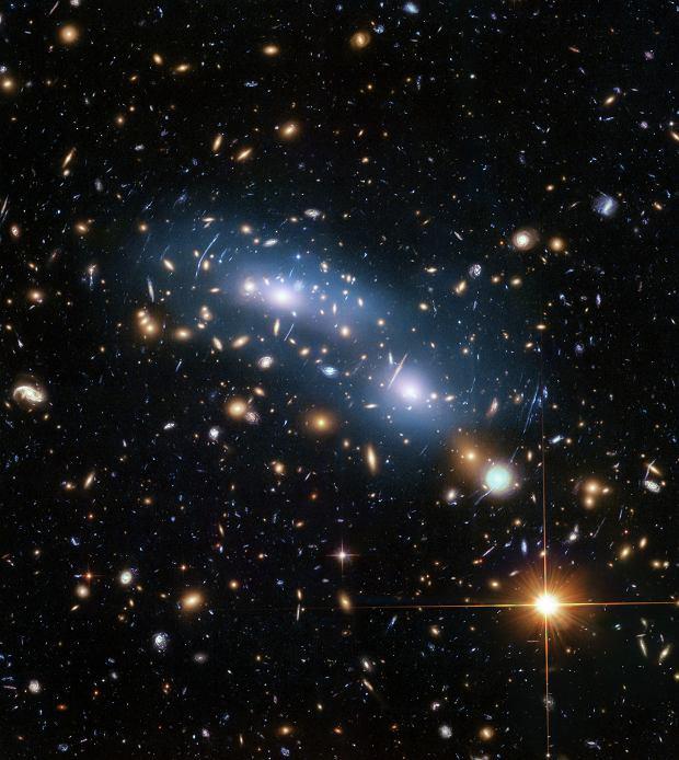 Formowanie się pierwszych gwiazd i galaktyk we wczesnym wszechświecie nastąpiło wcześniej niż sądzono.