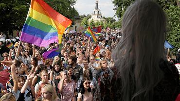 Pierwszy Marsz Równości w Białymstoku zorganizowany przez Tęczowy Białystok