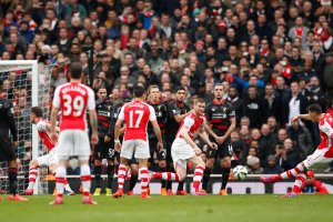 Premier League. Arsenal demoluje Liverpool, przepiękne gole