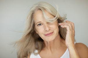 Zabieg, który może opóźnić menopauzę nawet o 20 lat. Lekarze mają nadzieję, że poprawi jakość życia milionów kobiet