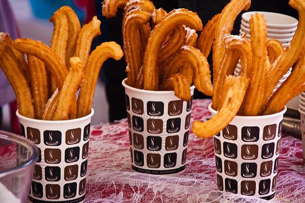 Pączki churros zjesz w Brazylii, ale także w Hiszpanii